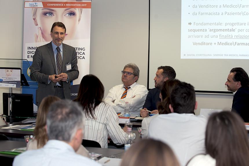Digital Storytelling Flavio D'Annunzio interviene al seminario sul marketing digitale nella cosmetica e nella medicina estetica