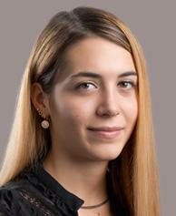 Lara Marino - Graphic Designer
